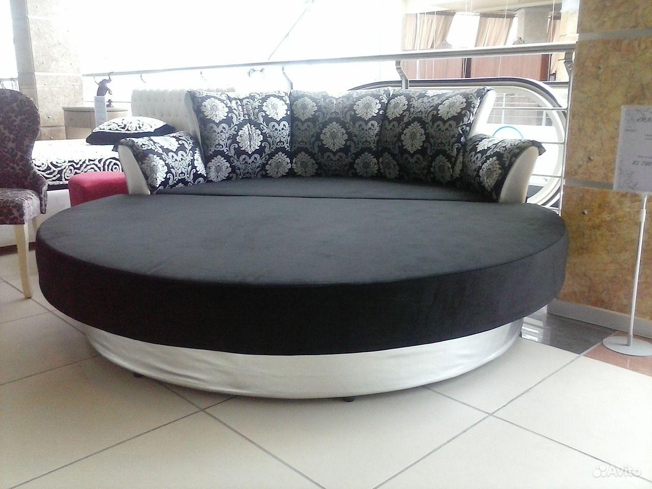 Круглый диван купить в Москве