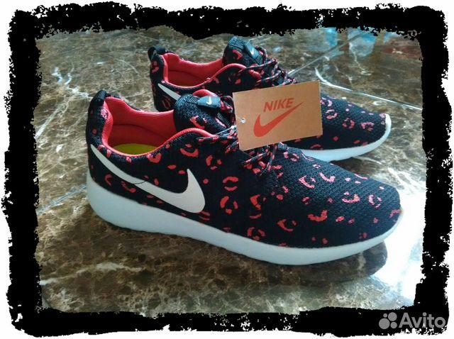 7f2a7a805568 Новые женские кроссовки Nike Roshe Run 36 размер купить в Москве на ...