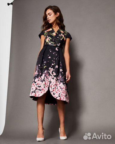 6a3ec8004479 Платье Ted Baker