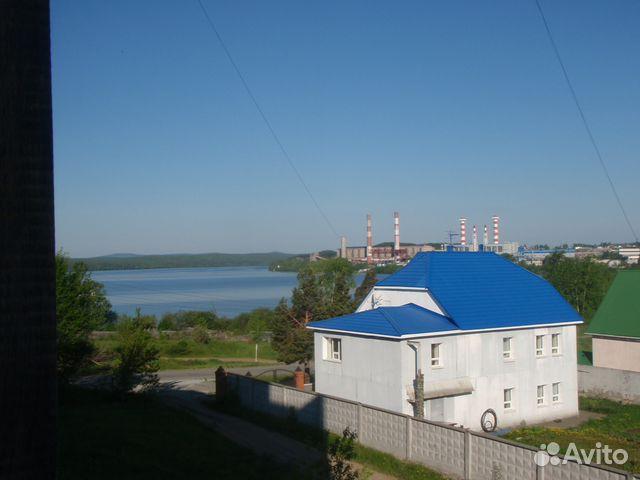 Продается трехкомнатная квартира за 1 700 000 рублей. Свердловская обл, г Нижняя Тура, ул Береговая, д 15.