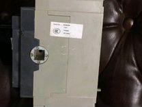 Трехфазный автоматический выключатель