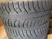 205-55-16 Bridgestone. 4 шт. Шипы