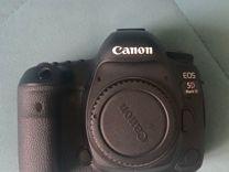 Фотоаппарат Canon 5D Mk IV 4