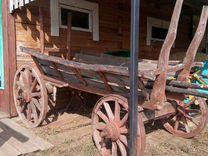 Старинная конная телега для оформления двора дома