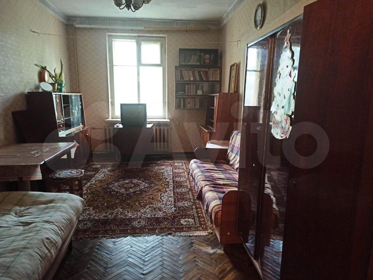 Комната 18 м² в 3-к, 1/4 эт.  89215979722 купить 1